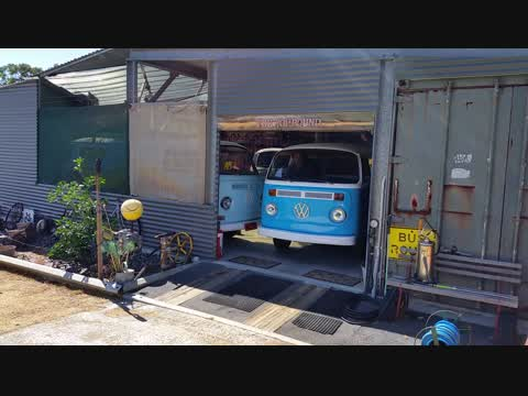 Rodney the short Kombi driving out of The Kompound.